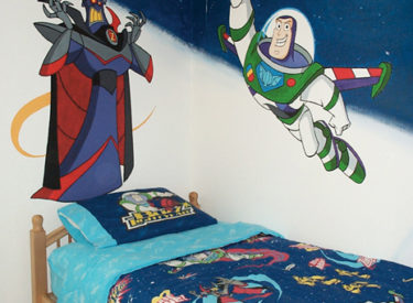 Children's Buzz Lightyear and Zurg mural