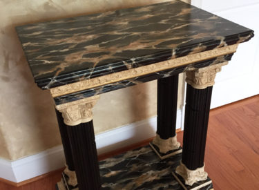 Trompe l'oeil marbling of console table